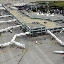 Két szokatlan esett miatt állt le az élet a Liszt Ferenc reptéren